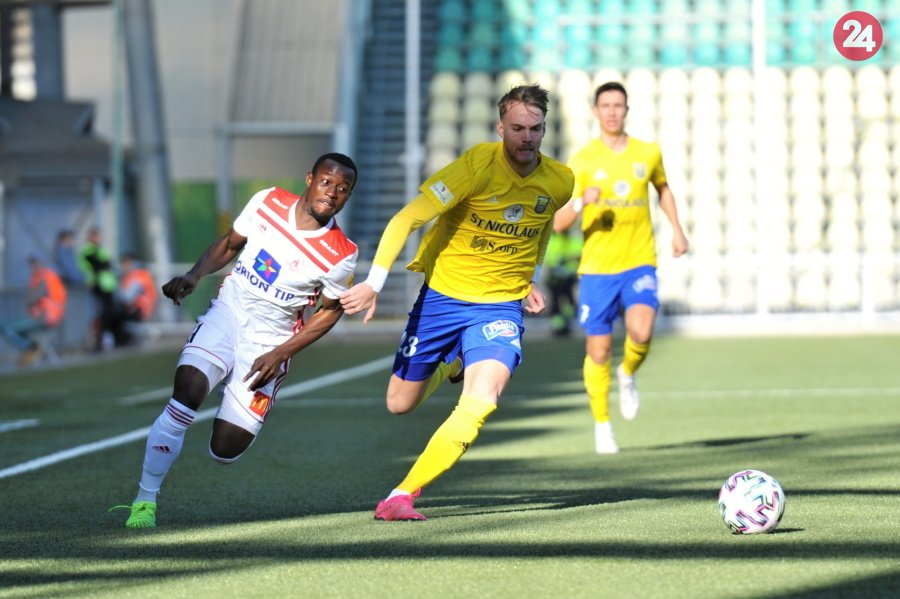 Video: Watch Ghana U23 star Osman Bukari's hat-trick and assist heroics in Slovakia top-flight