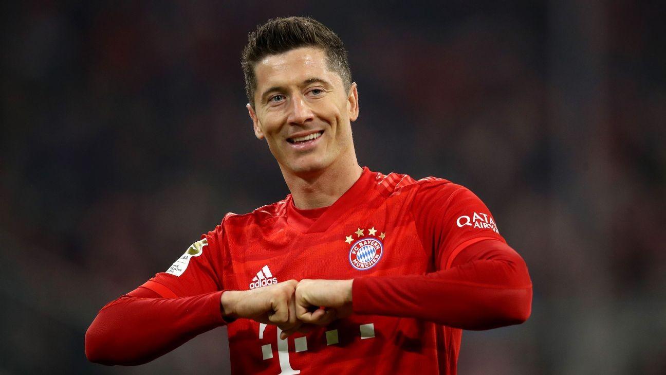 Bayern's Lewandowski gives ¬1m as Bundesliga stars, fans combat virus