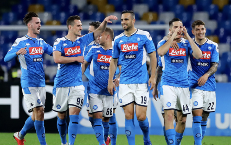 Napoli stop foreign players from returning home