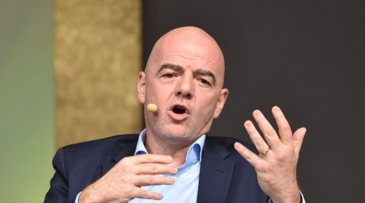 FIFA ask players to halve their salaries due to coronavirus crisis (Marca)