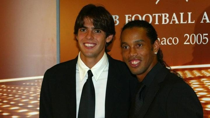 Kaka: It is very sad to see Ronaldinho under this situation