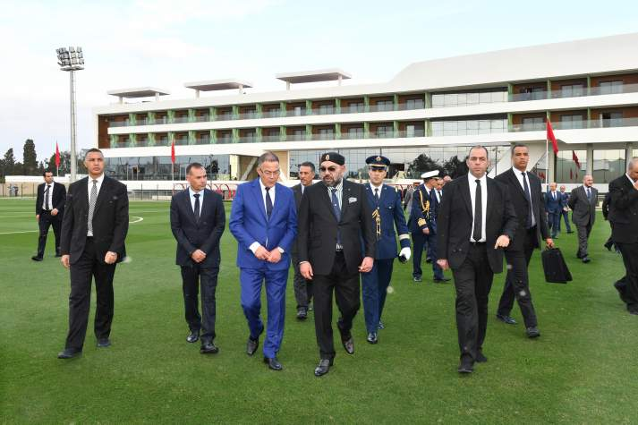 King Mohammed inspects the football facility together with FMRF President Lekjaa