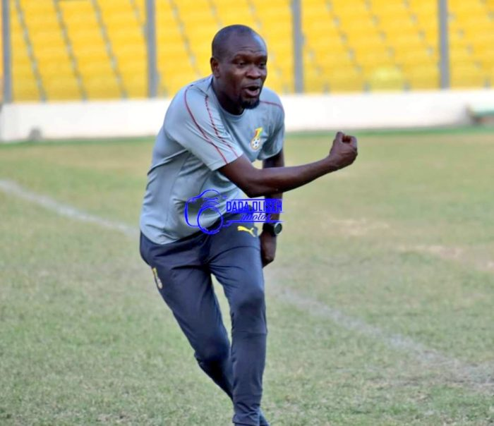 VIDEO: Black Stars coach Charles Akonnor displays impressive skills in Stay At Home challenge