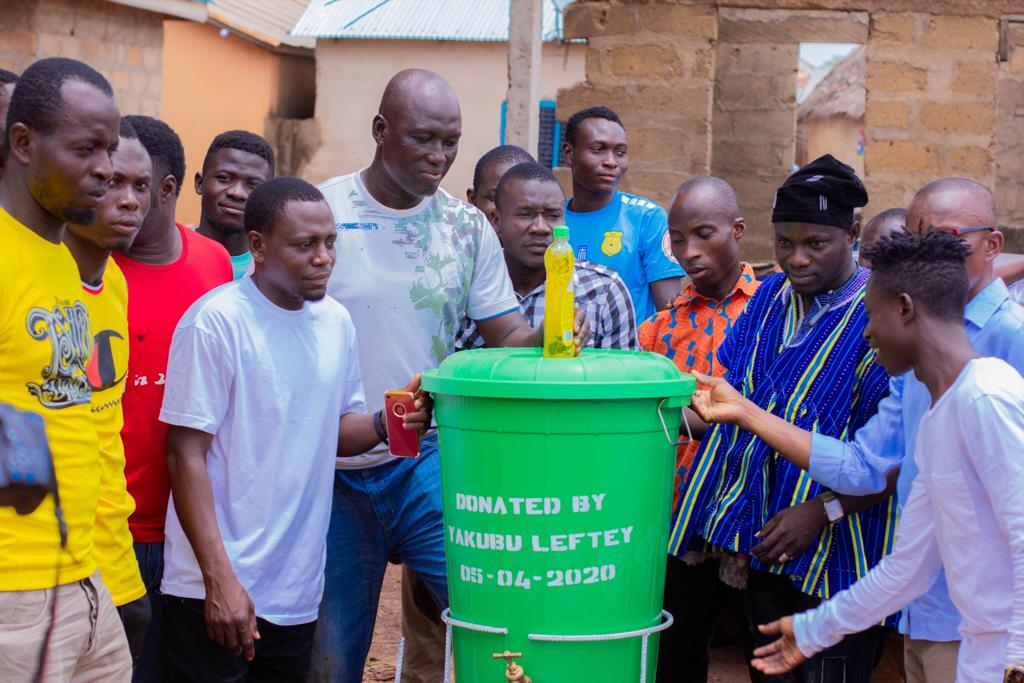 Covid-19: Sensational Yakubu Leftey Donates Items To His Hometown Families In The Northern Region.