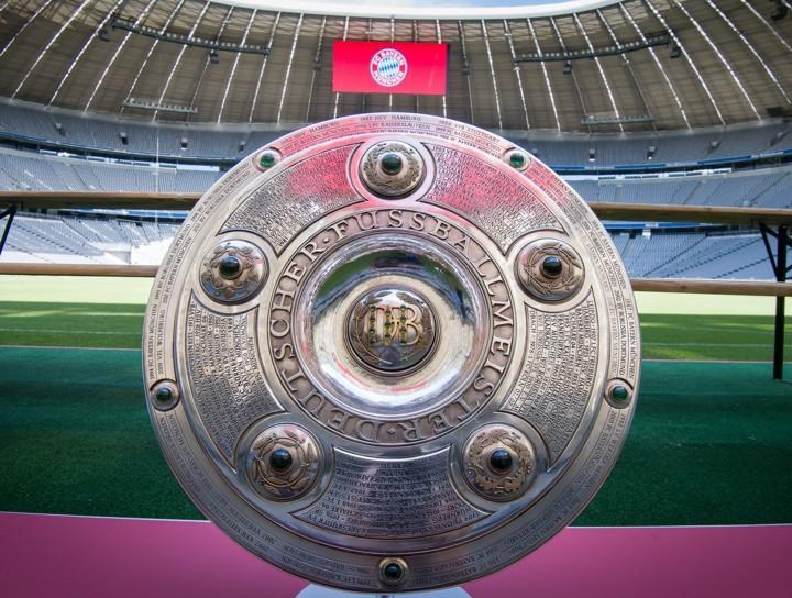 Coronavirus Daily: Bundesliga delayed until Apr 30; Spain passes 100k cases