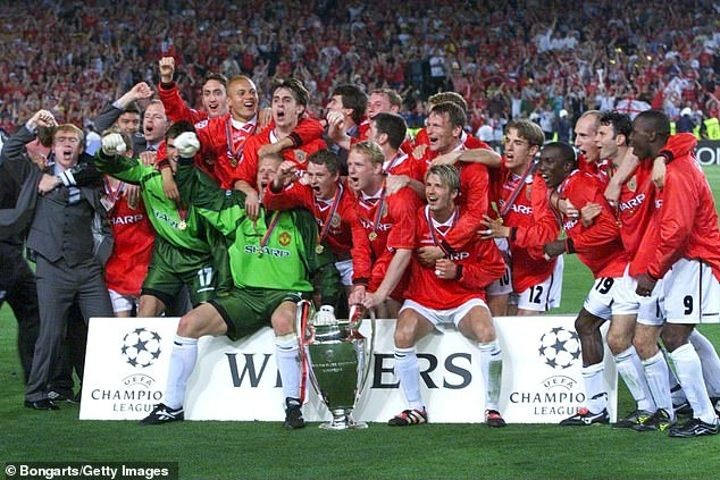 Gary Neville on the 'emotional' Manchester United Class of 92 break-up