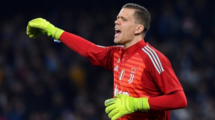 Szczesny 'leaves Italy and returns to Poland', the 8th Juve player abroad