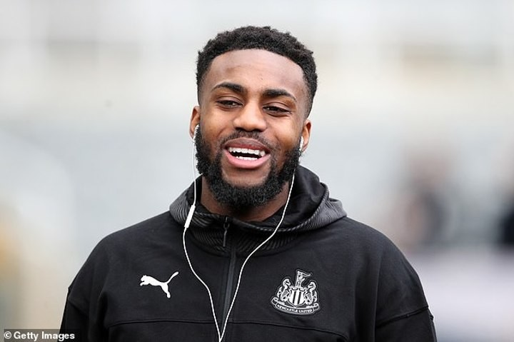 Danny Rose praised for donating £10,000 to two domestic abuse charities