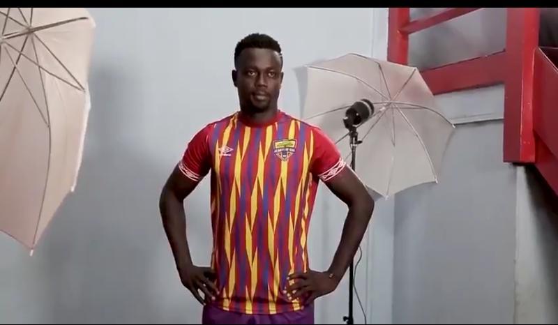 Ex-Hearts of Oak midfielder Emmanuel Mintah open to Karela United return