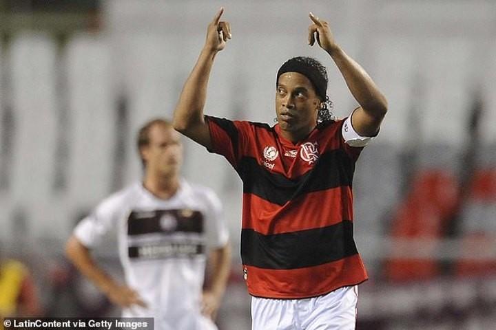 Brazil legend Ronaldinho 'had a nightclub clause in his Flamengo contract'