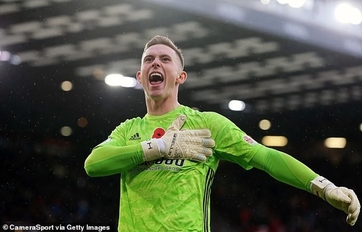 Suspension of football came at worst time for Dean Henderson but he could be United and England No1