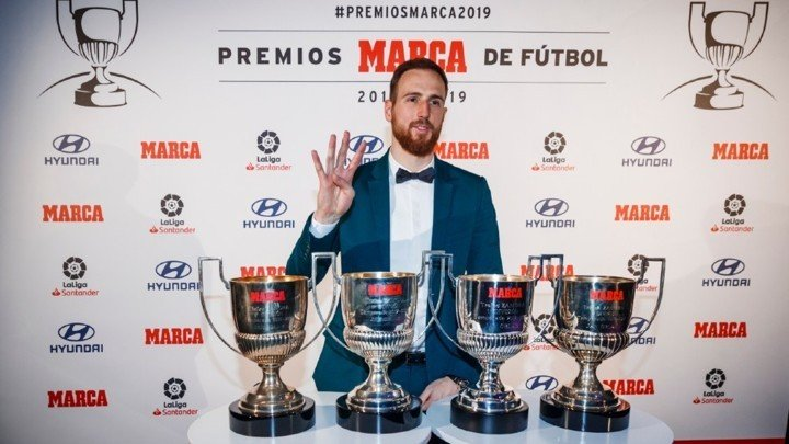Oblak's most difficult challenge yet: Beating Courtois to the 5th Zamora trophy