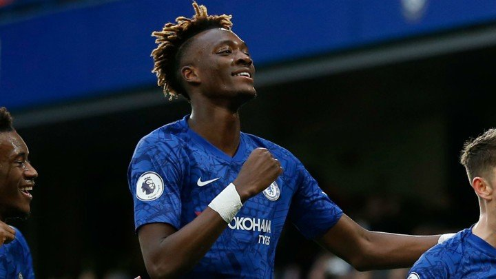 Abraham has 'big boots to fill' as Chelsea No.9