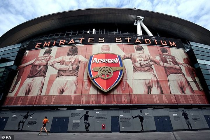 Arsenal to axe as many as 10 scouts from academy due to coronavirus (Mail)