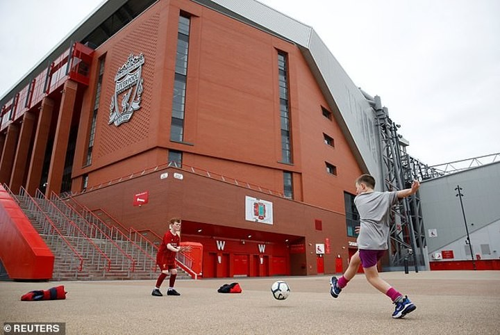 Our man on Merseyside on why Liverpool should be allowed to clinch title at Anfield