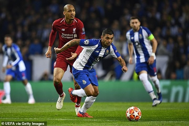 Chelsea hold transfer talks with Porto star Corona, claims player's agent