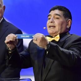 OFFICIAL - Gimnasia sign boss MARADONA on new contract