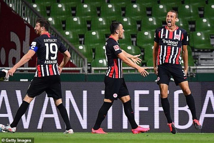 Werder Bremen 0-3 Eintracht Frankfurt: Stefan Ilsanker double and Andre Silva stop hosts' form