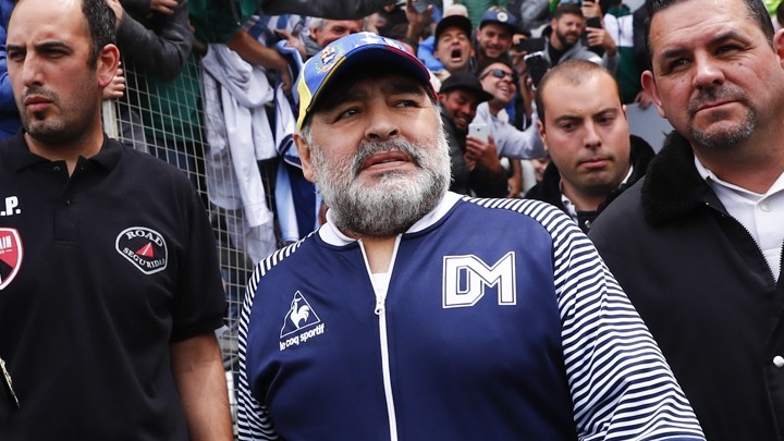 OFFICIAL: Diego Maradona signs a new one-year contract as Gimnasia manager