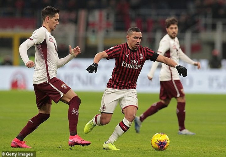 Utd 'prepared to rival Man City for Milan midfielder Bennacer this summer'