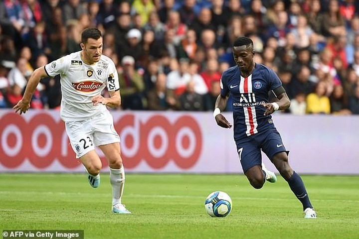 Wolves 'interested in bringing Gueye back to PL' from PSG (Le10Sport)