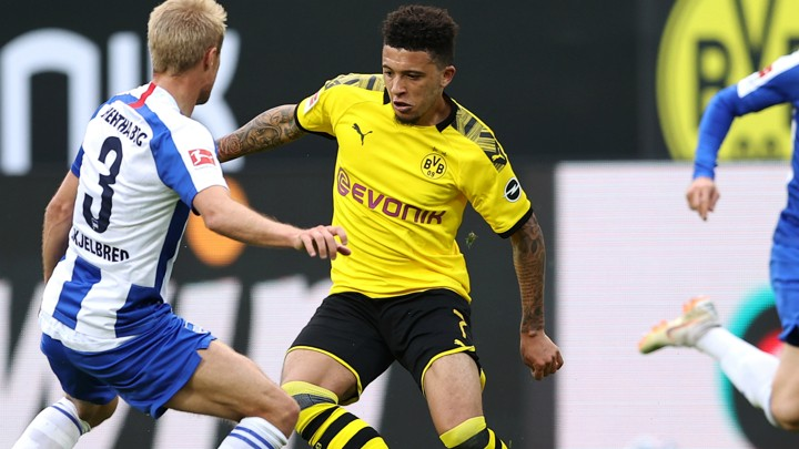 Sancho hailed by BVB boss Favre after latest win