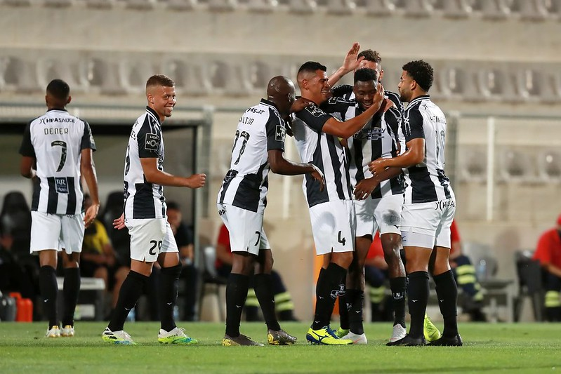VIDEO: Emmanuel Hackman scores stunning volley as Portimonense beat Maritimo in Portugal