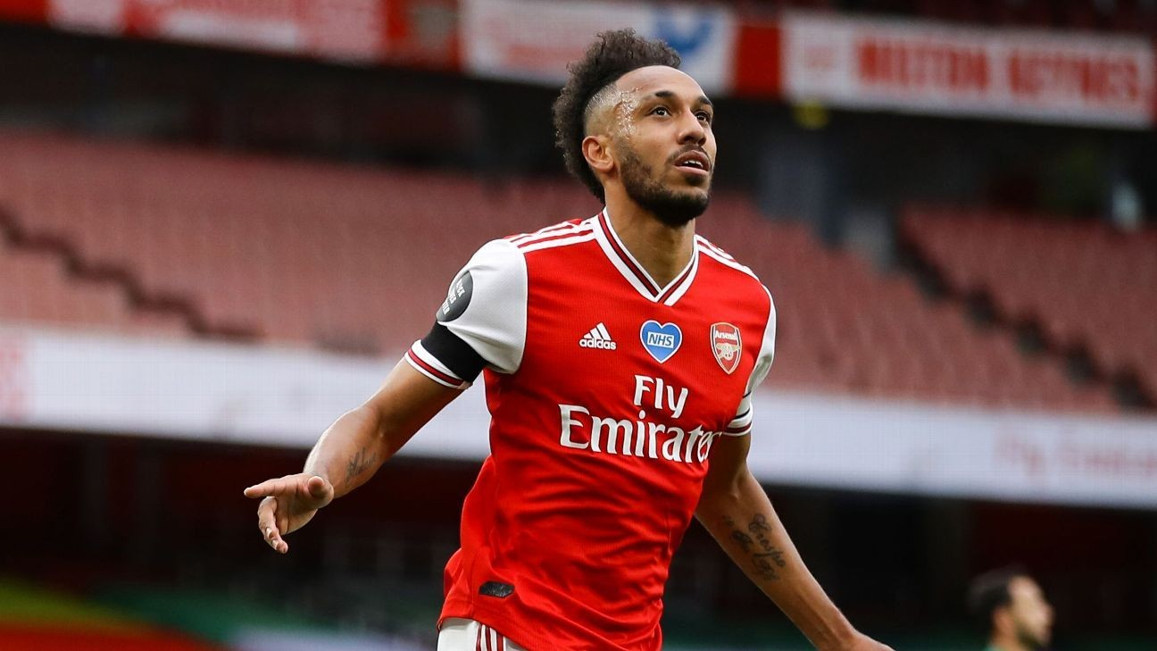 Sources: Auba wants £250,000-a-week to stay