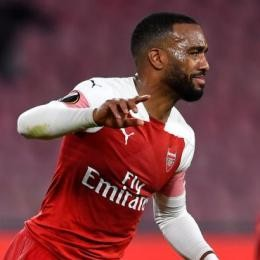 ARSENAL uprearing new deal talks with LACAZETTE