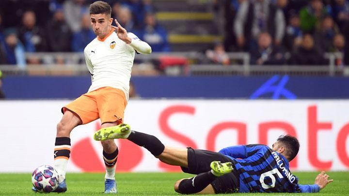 AC Milan join Juventus and Napoli in Ferran Torres chase