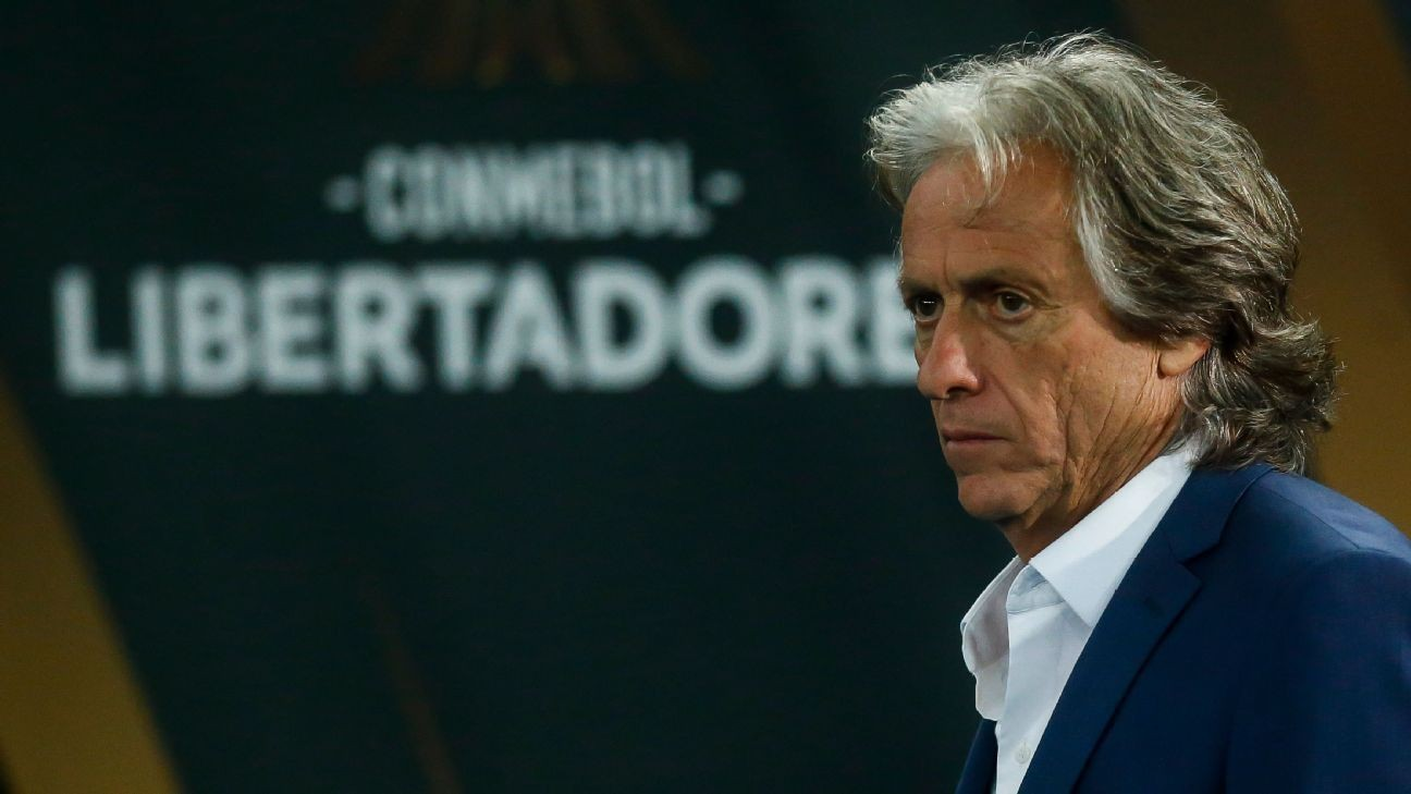 Jorge Jesus weighing up his Flamengo future as Benfica calls