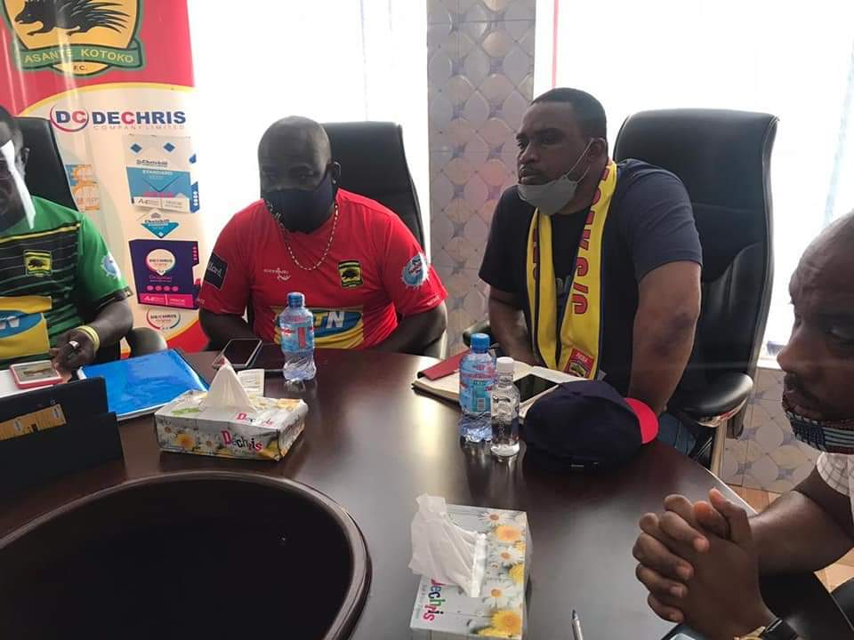 Executives of Hearts of Oak and Asante Kotoko supporters groups exchange ideas