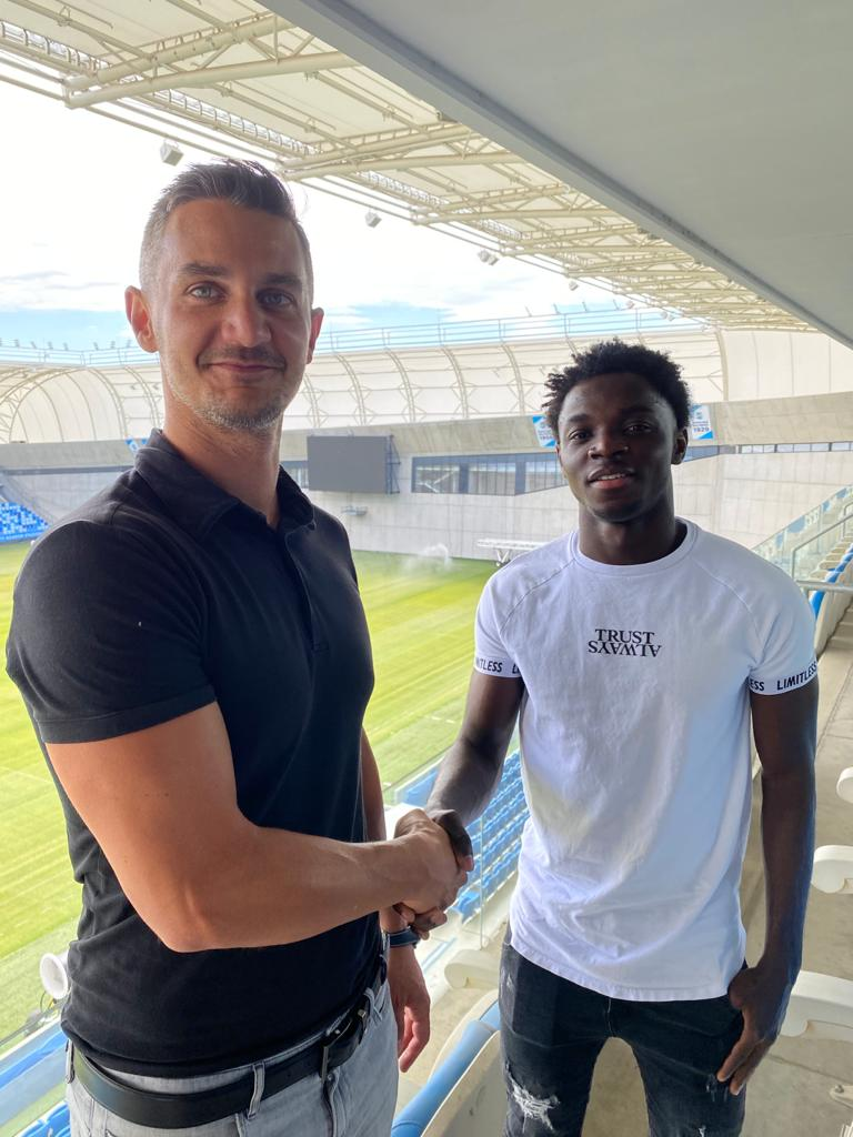 Ghanaian prodigy Clinton Osei joins Hungarian giants MTK Budapest