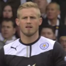 MAN. UNITED - Eyes on Kasper SCHMEICHEL