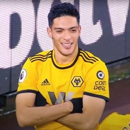 JUVENTUS in talks with Wolves hitman JIMENEZ's agent