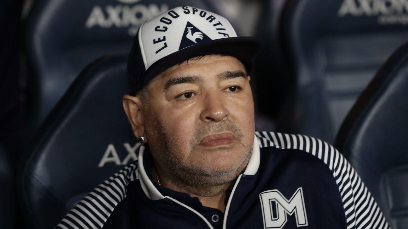 COVID-19: At risk Maradona told to avoid training
