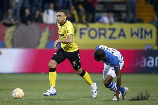 Ghanaian forward Johnatan Opoku completes De Graafschap move