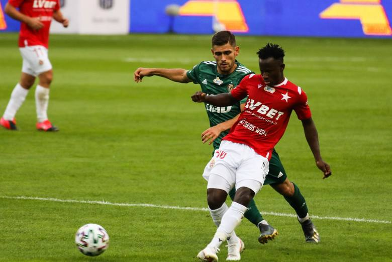 Wisla Kraków forward Yaw Yeboah reveals reason behind his move to Poland