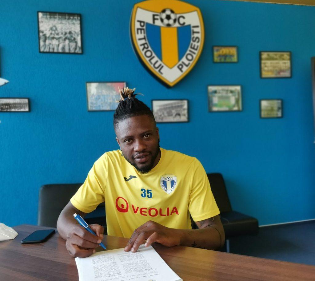 Ghanaian midfielder Amidu Salifu begins training at FC Petrolul Ploiești just hours after joining the club