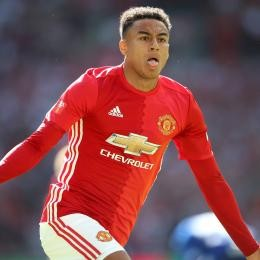 MAN. UNITED - 2 clubs approaching Jesse LINGARD