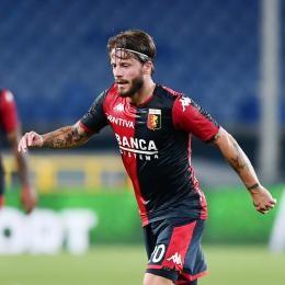 TMW - An Italian club making plans over Genoa playmaker SCHONE