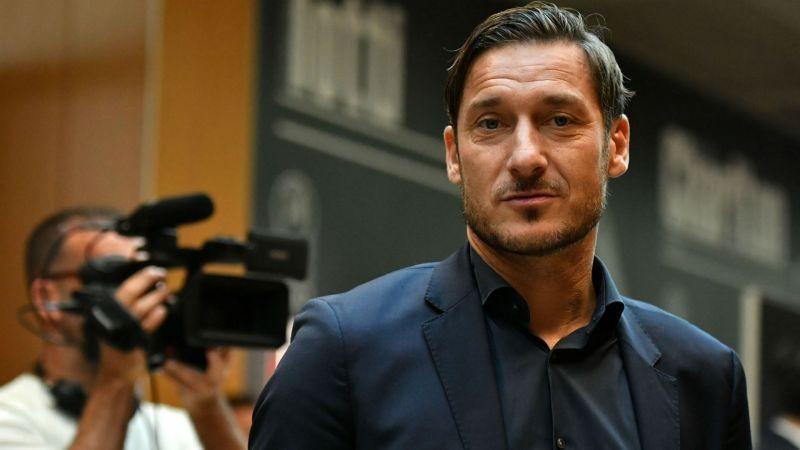 Totti closing in on Roma return