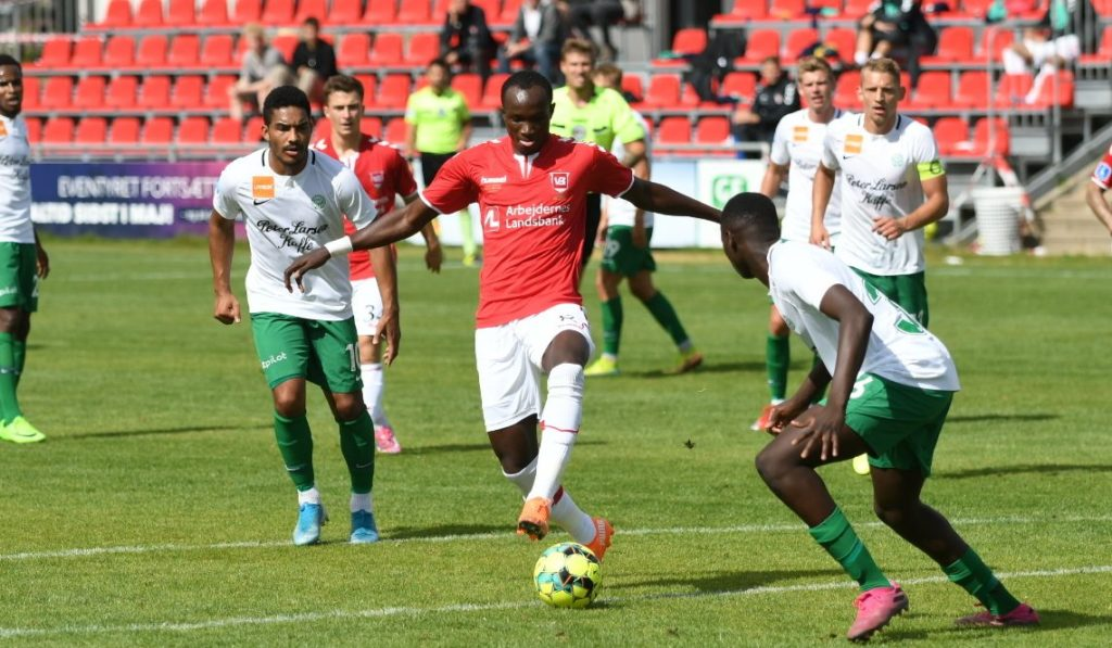 Ghana striker Dwamena climbs off the bench to save Velje from defeat in Denmark