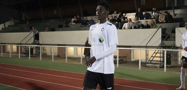 Frank Assinki debuts for HB Koge