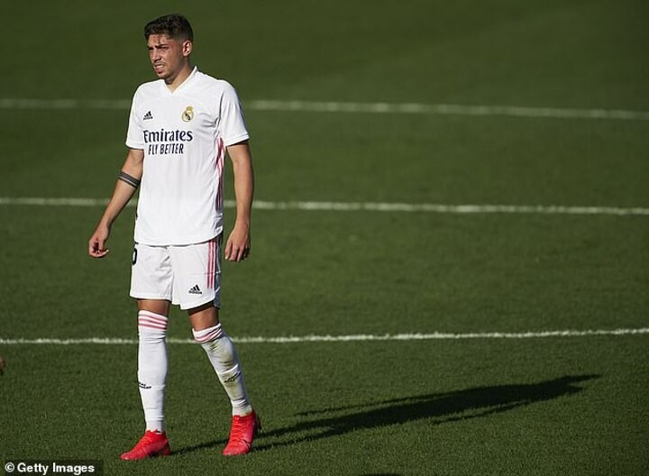 Manchester United 'want Real Madrid's Federico Valverde and could use Paul Pogba to get their man'