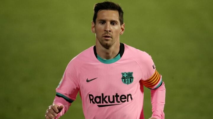 Manchester City planning to test Messi's Barcelona resolve