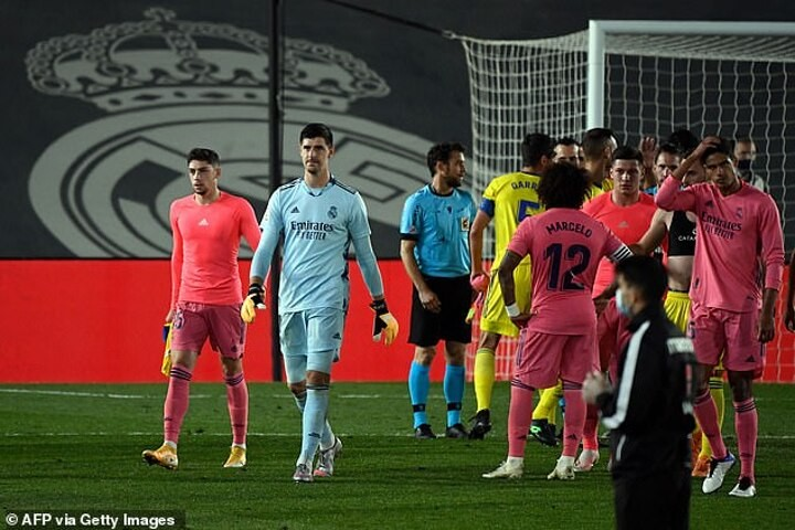 Courtois admits shock Cadiz defeat is a 'wake-up call'