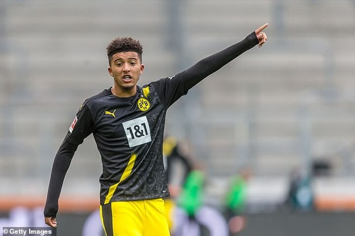 Dortmund CEO offers Man Utd hope after failed Sancho pursuit this summer