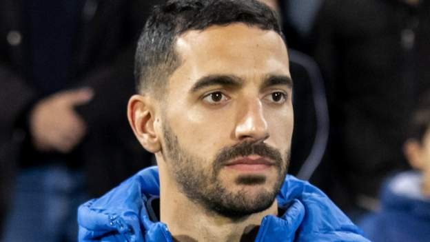 Terriers sign Spanish midfielder Vallejo