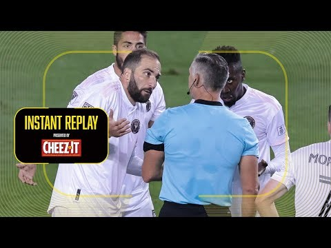 Gonzalo Higuain Red Carded! Why!?